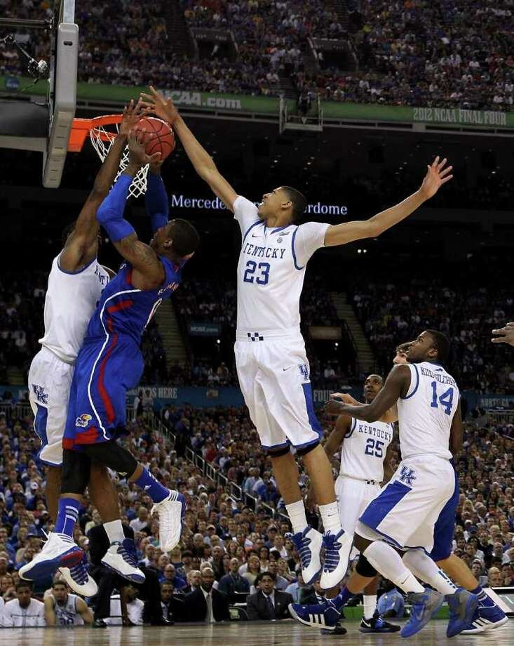 Team one-and-done gets it doneMaster recruiter John Calipari won his first championship as freshmen-laden Kentucky parlayed a roster full of NBA talent (including No. 1 draft pick Anthony Davis) into the school's eighth NCAA basketball title and first since 1998. Photo: Ronald Martinez, Getty Images / 2012 Getty Images