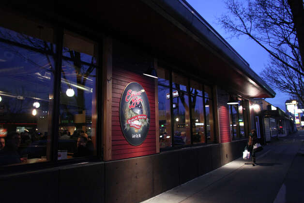 The exterior of Elliott Bay Public House & Brewery is shown on Lake City Way NE. The new Lake City business has North Seattle buzzing as the family-friendly restaurant and brewery seems to have tapped an undiscovered customer base in Lake City. Photo: JOSHUA TRUJILLO / SEATTLEPI.COM