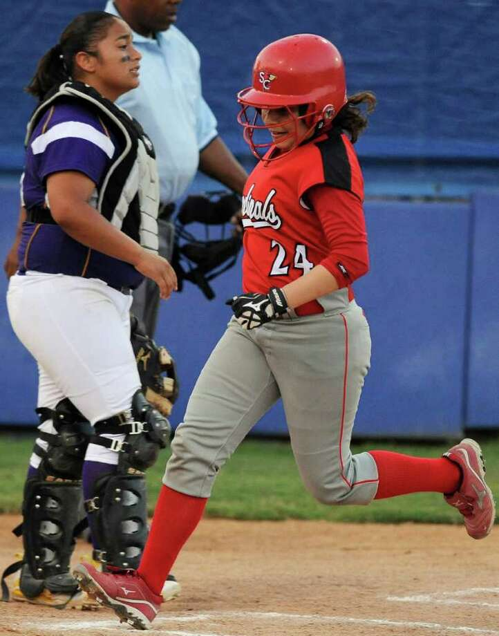 Southside's Ashley Ramirez runs home during a District 29-4A softball game against Brackenridge, Monday, April 2, 2012, at the SAISD Sports Complex. Photo: Darren Abate, For The Express-News