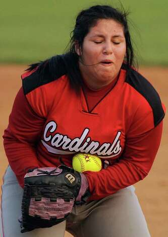 Southside pitcher Adalynn Herrera catches a hit for the out during a District 29-4A softball game against Brackenridge, Monday, April 2, 2012, at the SAISD Sports Complex. Photo: Darren Abate, For The Express-News