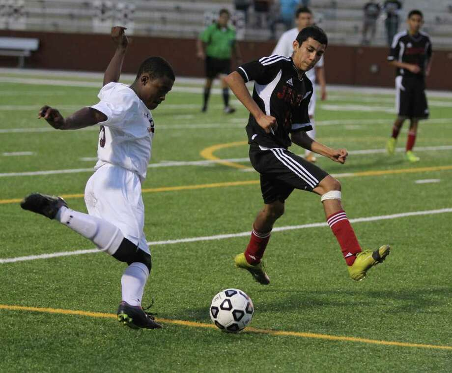Jasper fell to Beaumont Central in the first round of the soccer playoffs. Photo: Jason Dunn