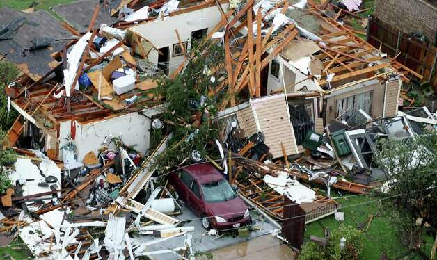 Homes were destroyed in Kennedale, Texas, after a tornado hit the area, on Tuesday, April 3, 2012. (Khampha Bouaphanh/Fort Worth Star-Telegram/MCT) Photo: Khampha Bouaphanh, MBR / Fort Worth Star-Telegram
