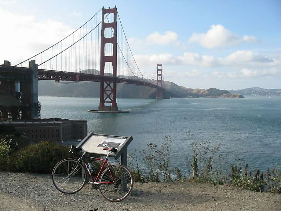The S.F. Bicycle Coalition is hosting rides in the coming weeks that tour parts of the city's waterfront. Photo: S.F. Bicycle Coalition