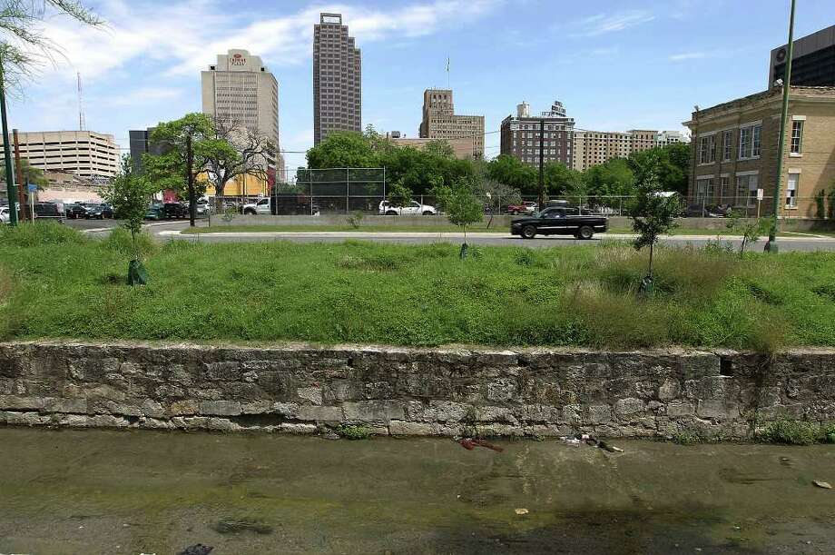 Several engineering approaches will be used to restore San Pedro Creek as it flows from San Pedro Park north of downtown south to the Mission Reach. Photo: Kin Man Hui, San Antonio Express-News / ©2012 San Antonio Express-News