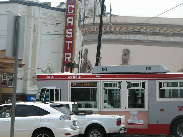 The 37 bus at Castro and Market Photo: Jonathan Curiel