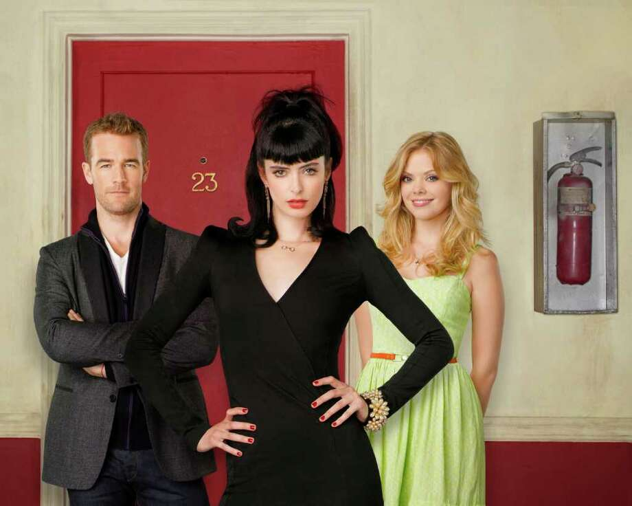 "DON'T TRUST THE B---- IN APARTMENT 23 - ABC's ""Don't Trust the B---- in Apartment 23"" stars James Van Der Beek as James Van Der Beek, Krysten Ritter as Chloe and Dreama Walker as June. Photo: Bob D'Amico, ABC / © 2012 American Broadcasting Companies, Inc. All rights reserved."
