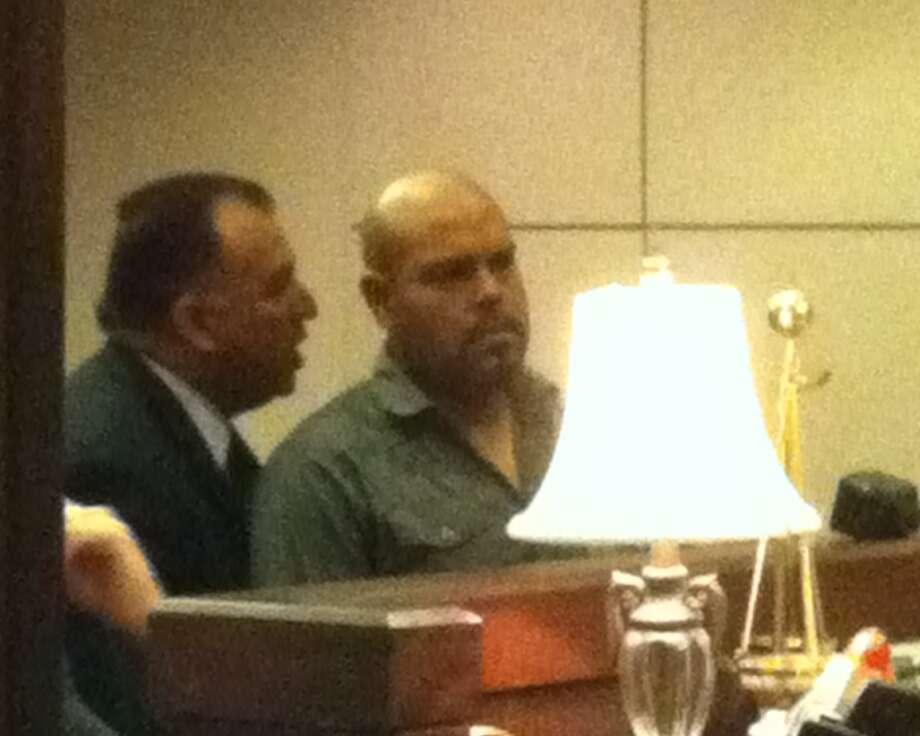 Molester who impregnated minor gets 25 years - San Antonio ...