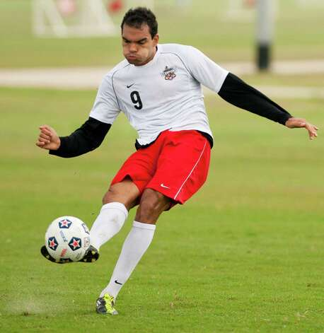 San Antonio Scorpions forward Pablo Campos kicks the ball during practice, Friday, March 30, 2012, at STAR Soccer Complex in San Antonio. Photo: Darren Abate, Darren Abate/Special To The Express-News