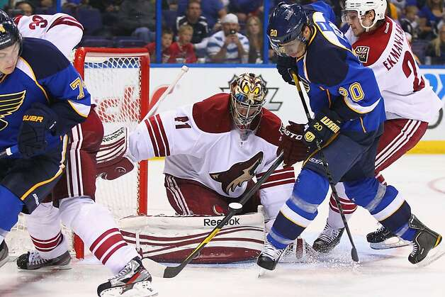ST. LOUIS, MO - APRIL 6: Mike Smith #41 of the Phoenix Coyotes makes a save against the St. Louis Blues at the Scottrade Center on April 6, 2012 in St. Louis, Missouri.  The Coyotes beat the Blues 4-1.  (Photo by Dilip Vishwanat/Getty Images) Photo: Dilip Vishwanat, Getty Images