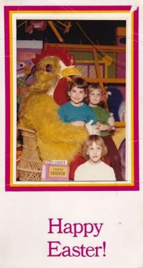 Easter chicken (Awkward Family Photos / awkwardfamilyphotos.com)