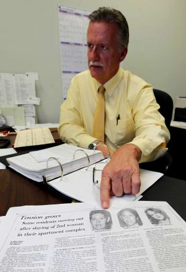 """Sgt. Paul Motard, a veteran Houston police homicide investigator on the cold case squad, doesn't think one person was responsible for all the killings but isn't """"ruling anything out.""""   Photo: Karen Warren /   2012 Houston Chronicle Photo: Houston Chronicle"""