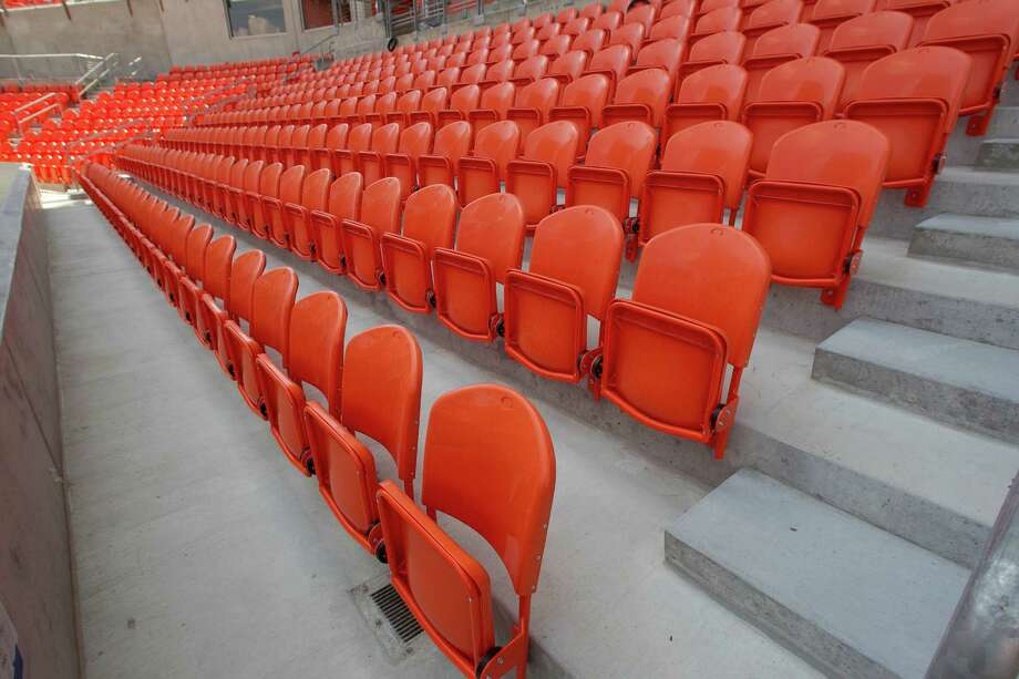 Seat on the lower level. Photo: James Nielsen, Chronicle / © 2012 Houston Chronicle