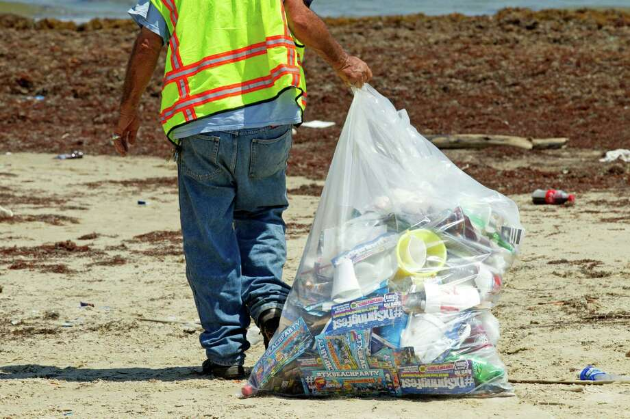 Total claimants: 17,588 Photo: Brett Coomer, Houston Chronicle / © 2012 Houston Chronicle