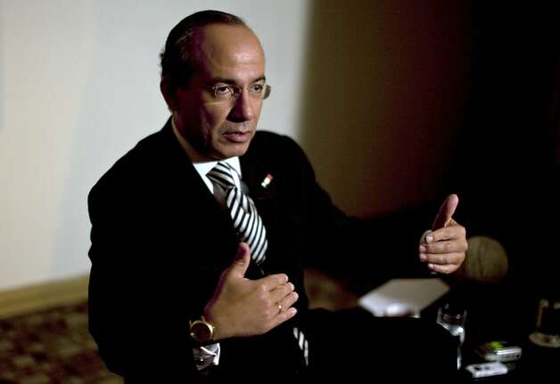 Mexico's President Felipe Calderon speaks during an interview with The Associated Press in Tijuana, Mexico, Thursday, Oct. 7, 2010. Photo: Guillermo Arias, AP