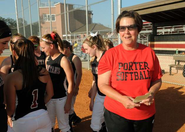 Porter Head Softball Coach Jackie Dixon Photo: Jerry Baker