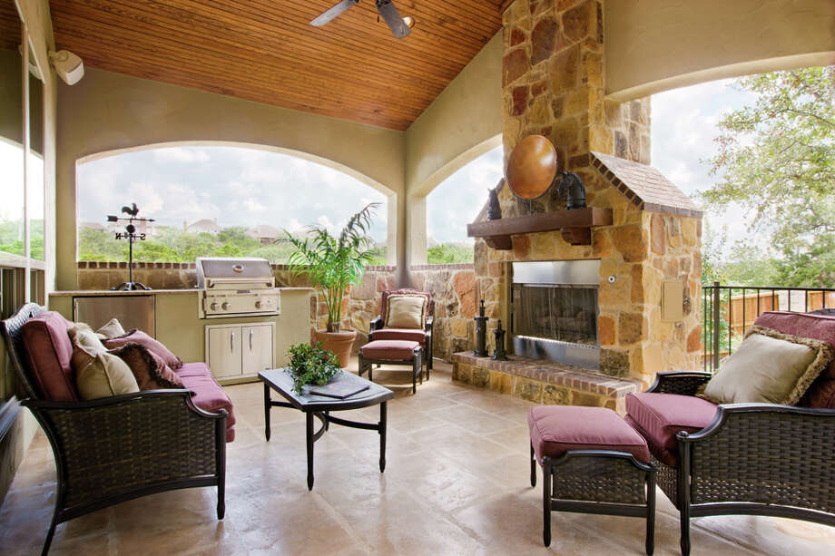 The Patio Of A Home At 3102 Apache Plume Features An Autumn Leaf Color In  The