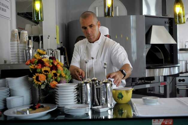 Weissman works in the kitchen of his restaurant, Il Sogno Osteria at Pearl. Photo: BILLY CALZADA, SAN ANTONIO EXPRESS-NEWS