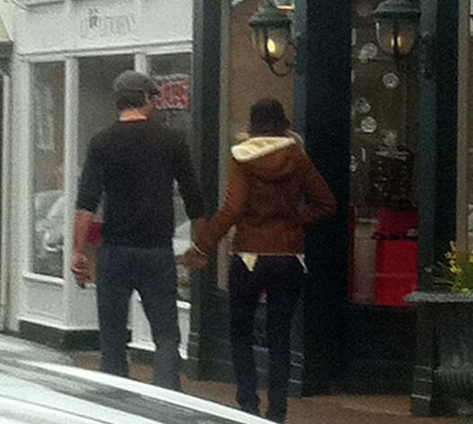 Actors Ryan Reynolds and Blake Lively were spotted walking down Elm Street in New Canaan Thursday afternoon. Photo: Belinda Stasiukiewicz