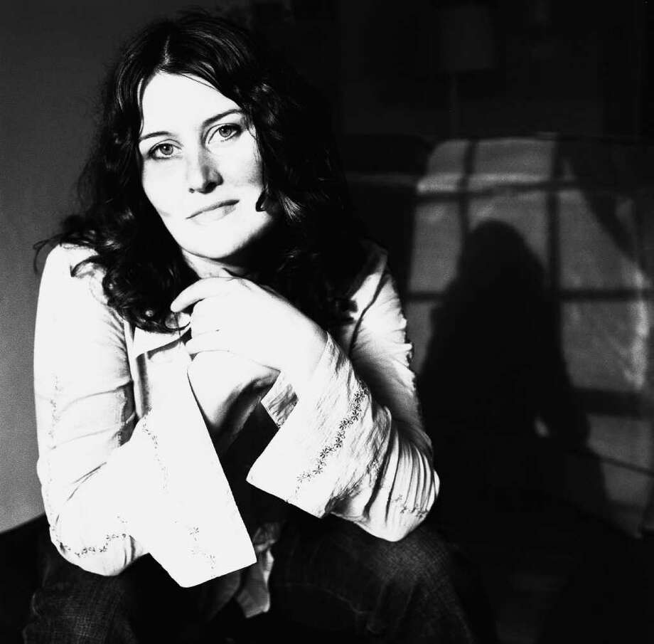 Fairfield Universityís Regina A. Quick Center for the Arts will present ìAn Evening with Paula Cole,î a one-night-only performance by pop vocalist Paula Cole, Friday, April 27. Photo: Contributed Photo
