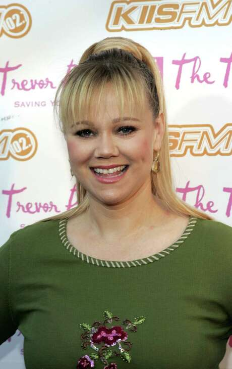 LOS ANGELES - DECEMBER 4:  Actress Caroline Rhea arrives for the Cracked Xmas 8 benefitting the Trevor Project at the LG Wiltern on December 4, 2005 in Los Angeles, California.  (Photo by Michael Buckner/Getty Images) *** Local Caption *** Caroline Rhea Photo: Michael Buckner / Getty Images North America