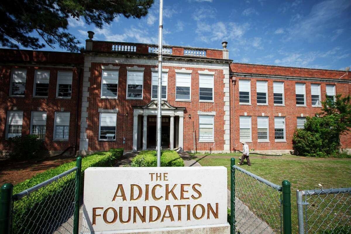 Artist David Adickes plans to exhibit hundreds of paintings and sculptures at what once was Huntsville High School. The original facility opened in 1931.