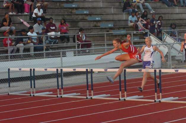 district 13 3a track and field meet