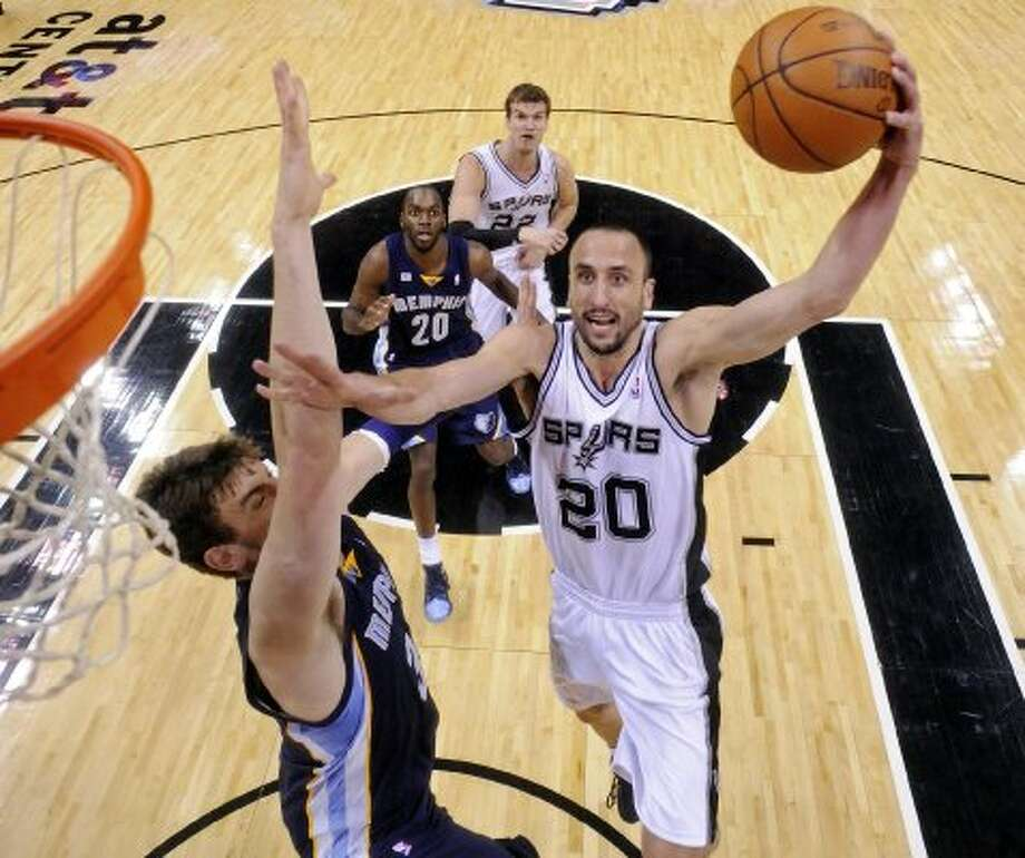 Spurs guard Manu Ginobili scored 20 points on Thursday.