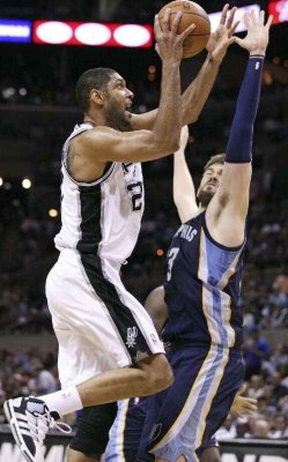 Spurs forward Tim Duncan has turned back the clock in some ways this season. His per-36-minute averages of 19.2 points and 11.5 rebounds closely resemble his numbers in the 2005-06 season.