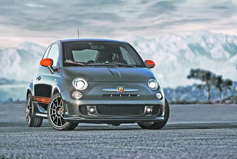 The Fiat 500 Abarth edition is an everyday performance car with track-ready capability, high horsepower (117 hp per liter) blended with efficiency, quality and sophistication. Photo: Fiat