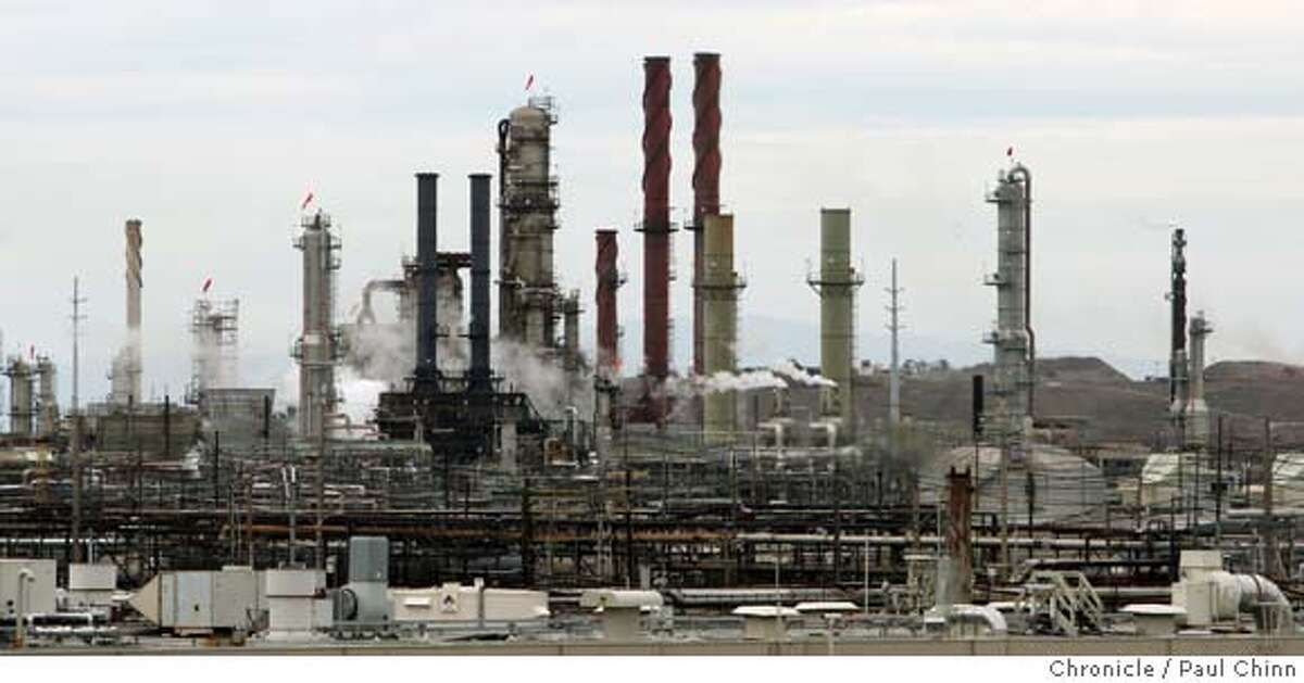 The Chevron oil refinery in Richmond, Calif. on Thursday, Oct. 11, 2007. According to data obtained from the EPA, nearly two-thirds of municipal and industrial sites dumped more pollution than is allowed under the Clean Water Act. PAUL CHINN/The Chronicle MANDATORY CREDIT FOR PHOTOGRAPHER AND S.F. CHRONICLE/NO SALES - MAGS OUT