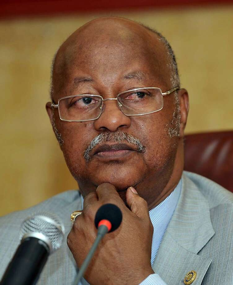 A picture taken on February 15, 2011 shows Prime Minister of Guinea-Bissau Carlos Gomes Junior speaking in Dakar. Soldiers arrested Guinea-Bissau's presidential front-runner Carlos Gomes Junior after staging an apparent coup in the chronically unstable west African country, his wife said on April 13, 2012. Photo: Seyllou, AFP/Getty Images