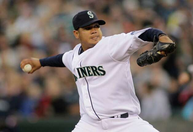 Mariners starting pitcher Felix Hernandez throws against the Athletics in the second inning. Photo: AP