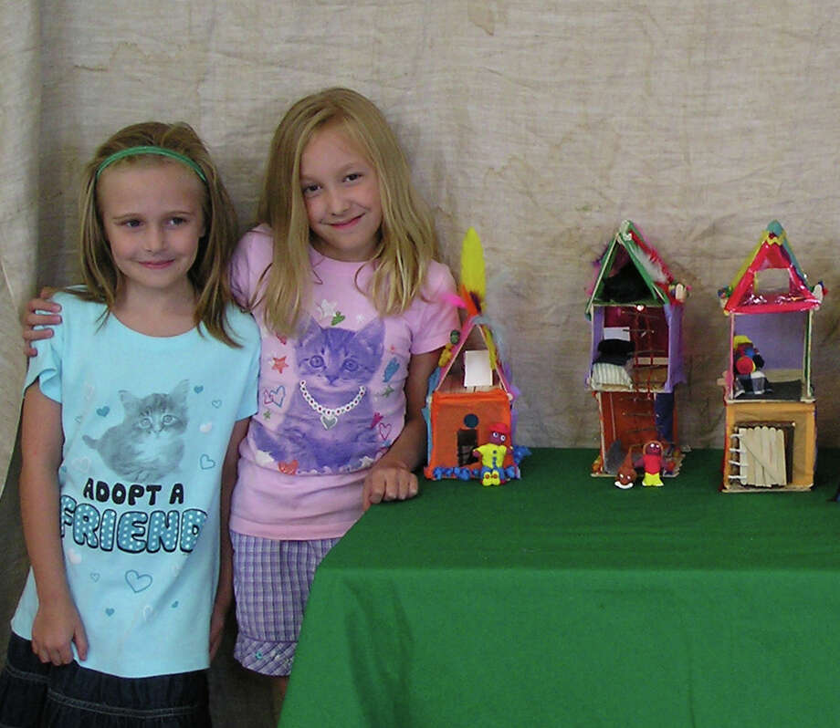 Youngsters can make doll houses during a workshop at the Rowayton Arts Center during school vacation. Photo: Contributed Photo / Norwalk Citizen