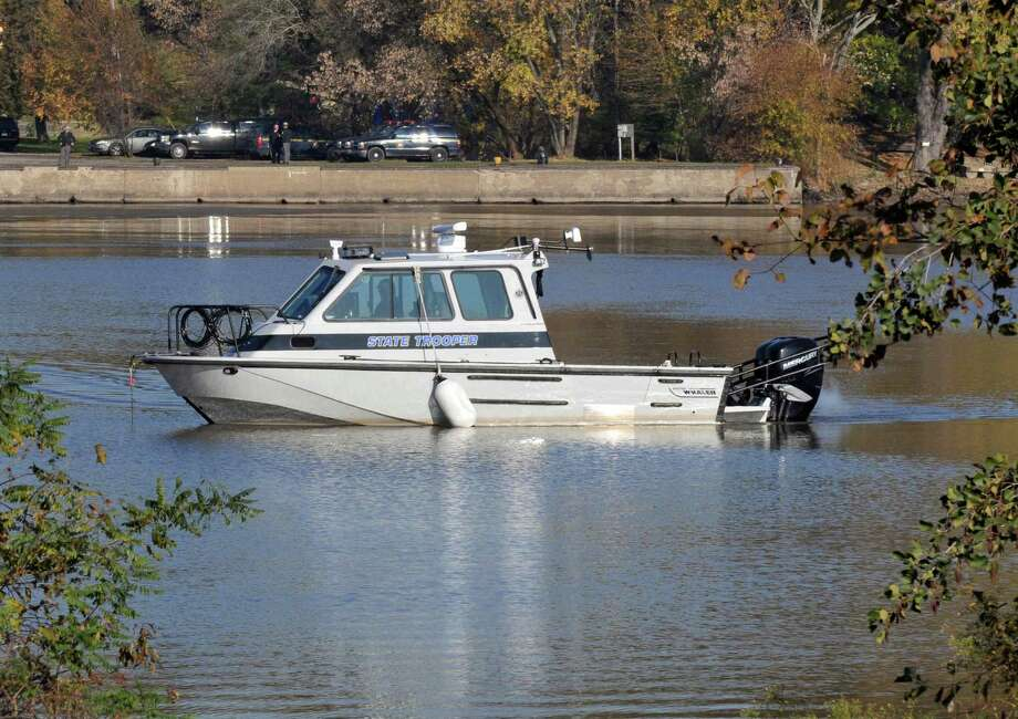 State police search for Cynthia Gavitt along the Mohawk River near the Crescent Bridge between Halfmoon and Colonie Wednesday Nov. 2, 2011.   (John Carl D'Annibale / Times Union archive) Photo: John Carl D'Annibale / 00015253A