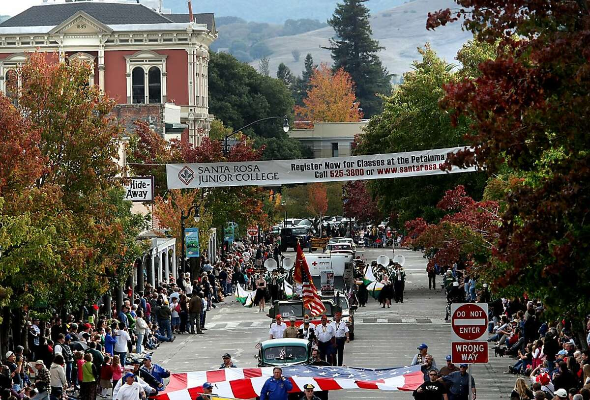 FILE-- Looking south down Kentucky Street during the annual Veterans Day parade on November 11, 2008 in Petaluma.The appearance of Confederate flags along the route of Friday, Nov. 11, 2016 Petaluma Veterans Day parade has sparked outrage.
