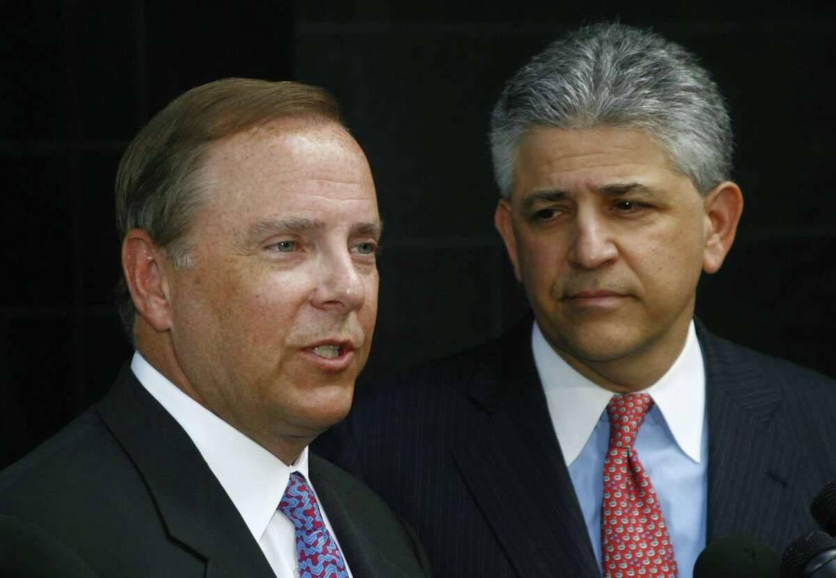 The Supreme Court's refusal to consider Jeff Skilling's appeal appears to clear the way for U.S. District Judge Sim Lake to resentence Skilling, shown with attorney Daniel Petrocelli after he was convicted in 2006.