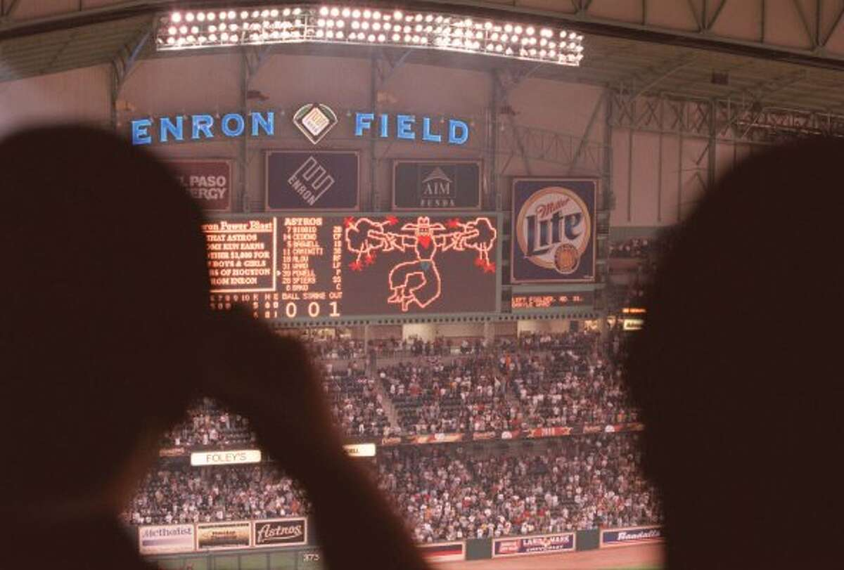 PHOTOS: What was life like in 2001? It's been 16 years since the Houston Astros last won a divisional title, making this weekend's clinching of the American League West all the more sweeter for longtime Astros fans. See what life was like in 2001 when the Astros last won a divisional title...