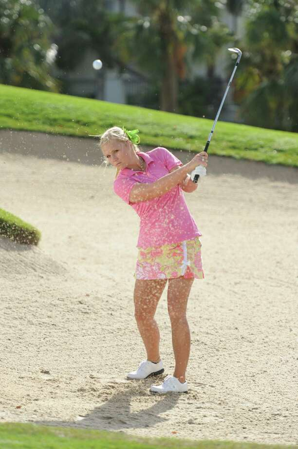 "Former UT golfer Shannon Fish put her bunker skills to the test on the ""Big Break"" TV reality series. Photo: Mark Ashman / ©2012 Golf Channel"