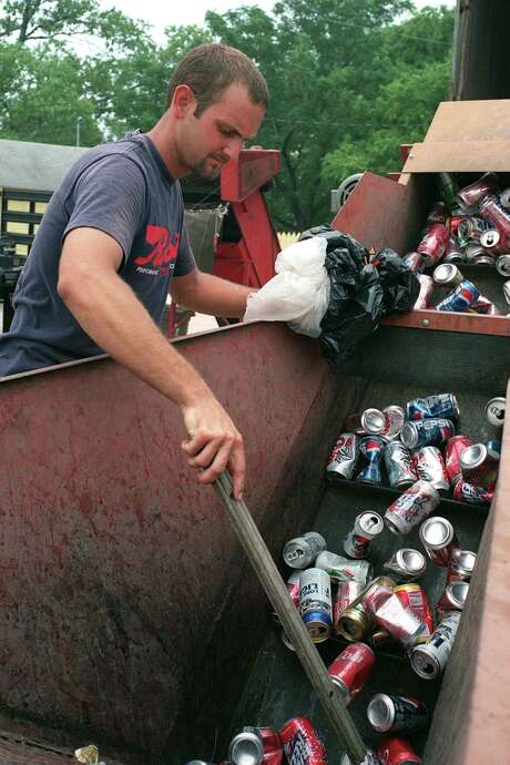 More than a half-dozen businesses in San Antonio accept aluminum cans for recycling. Photo: Leland Outz/Special To The Expre