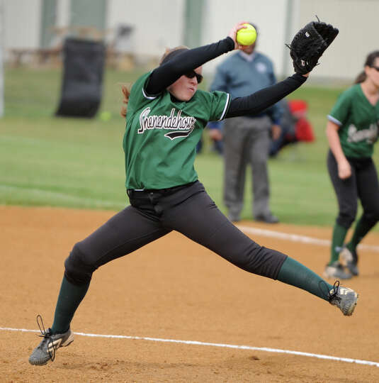 Shenendehowa pitcher Erika Daigle throws the ball during a softball game against Colonie during a on