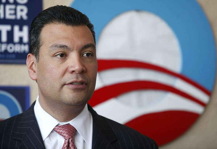 Sen. Alex Padilla's campaign donated $25,000 to back Prop. 29. Photo: Sean Culligan, The Chronicle