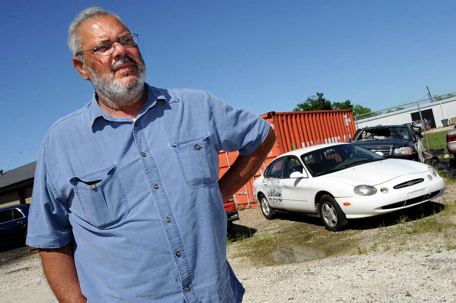 Abandoned cars that go unclaimed are sold for scrap - Beaumont ...