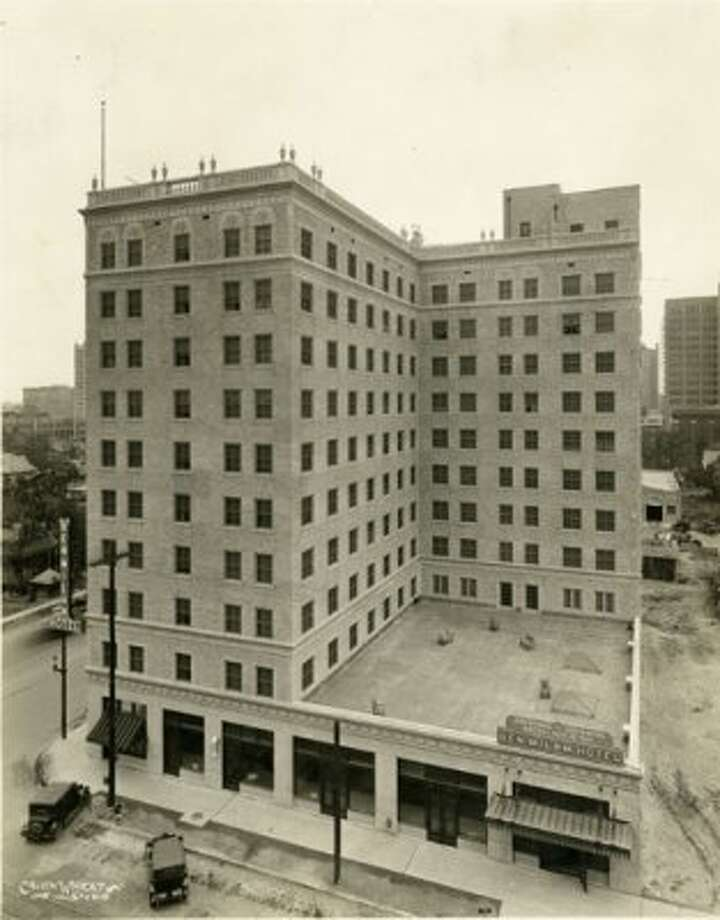 Ben Milam Hotel under construction, circa 1925. (Calvin Wheat Studios / Chronicle file)