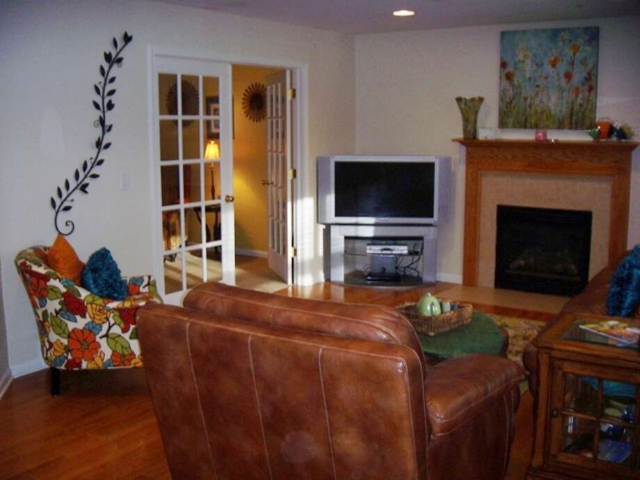House of the Week: 10 Dakota Drive, Wilton   Realtor: Kimberly Harbour of RealtyUSA.com   Discuss: Talk about this house Photo: Courtesy Photo