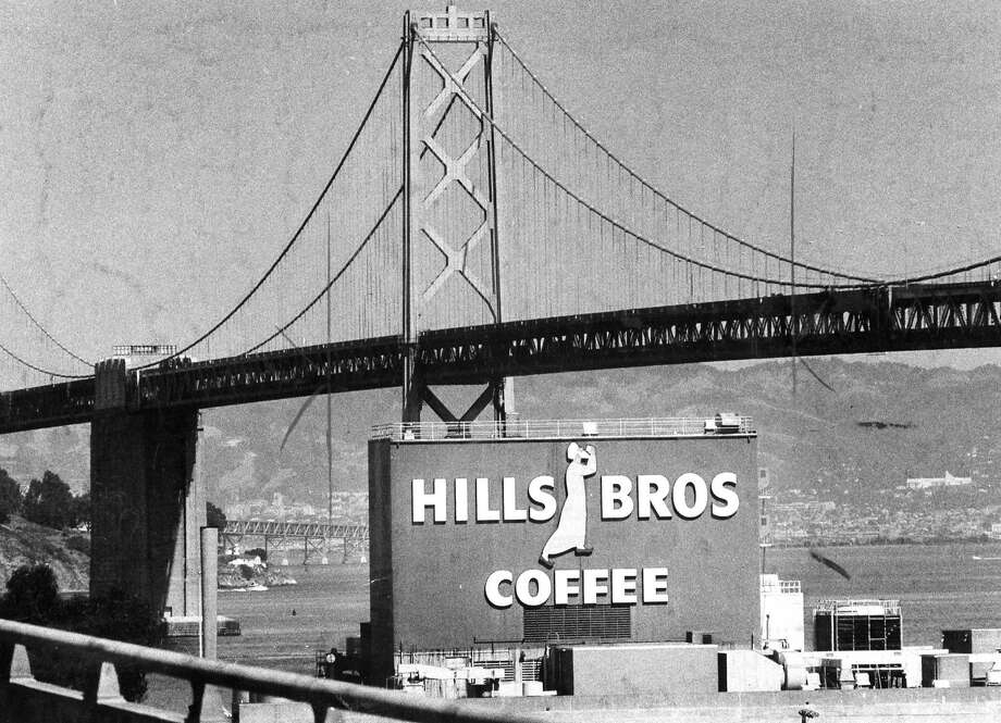 The Hills Brothers Coffee factory with the Bay Bridge in the background. Sept. 20, 1983. Photo: Mike Maloney, The Chronicle