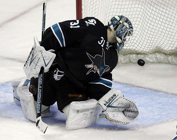 B.J. Crombeen's goal and St. Louis in general had Sharks goalie Antti Niemi looking over his shoulder. Photo: Paul Sakuma, Associated Press