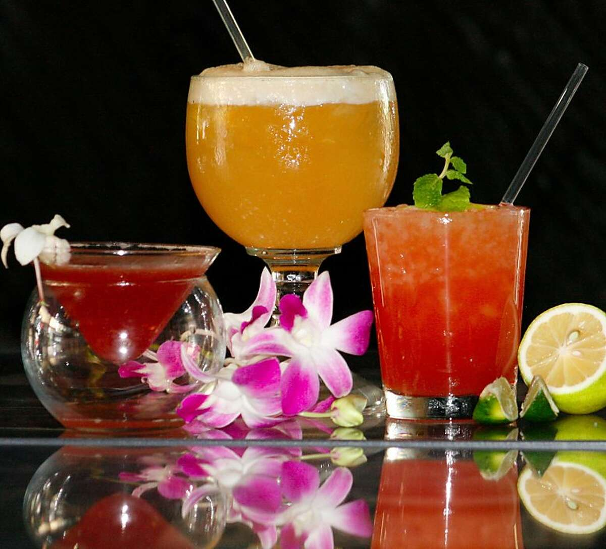The cocktails at Okolemaluna Tiki Lounge in Kailua-Kona, which feature local ingredients such as fruit syrups and Hawaii-produced rum, are also served in an eco-friendly bar.