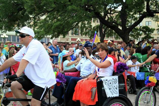 Crowds gathered at Alamo Plaza for the annual kickoff of Fiesta! Photo: Xelina Flores-Chasnoff
