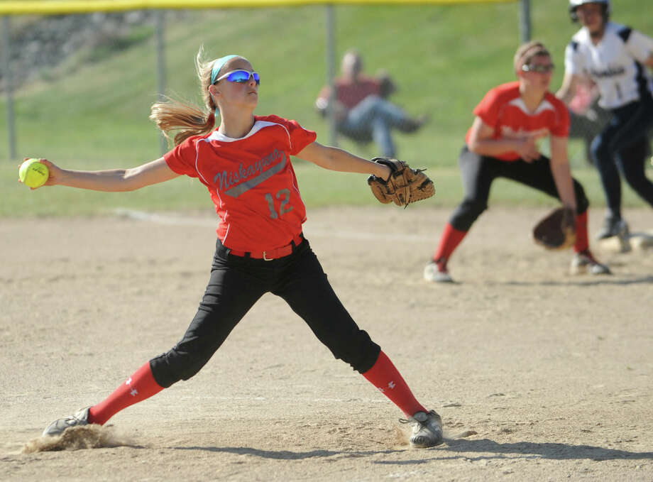 Niskayuna pitcher Jackie O'Brien throws the ball during a softball game against Columbia on April 20, 2012 in East Greenbush, N.Y. (Lori Van Buren / Times Union) Photo: Lori Van Buren