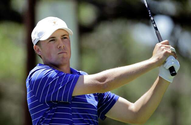 Photo: Eric Gay, Associated Press / SA. UTâ?™s Jordan Spieth watches his tee ...
